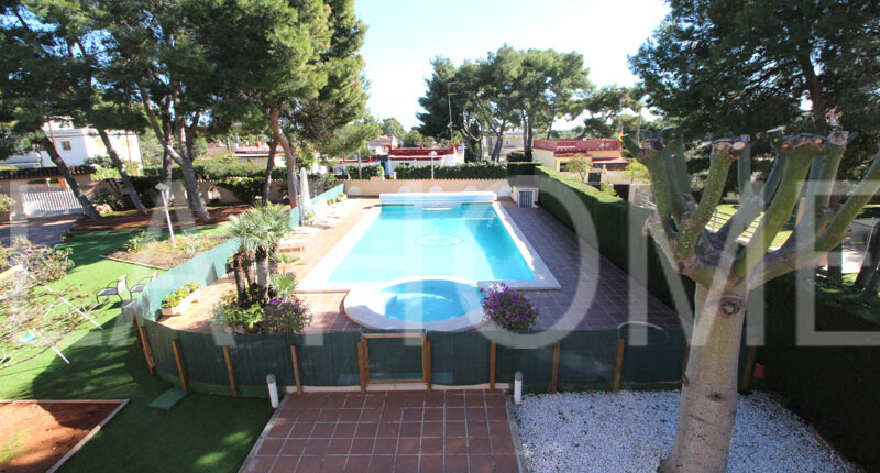 Elegante Villa zum Verkauf | Valencia La Canyada