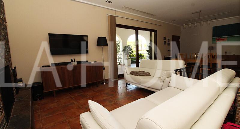 Familienhaus im Bungalow-Stil zum Verkauf, Valencia – La Canyada