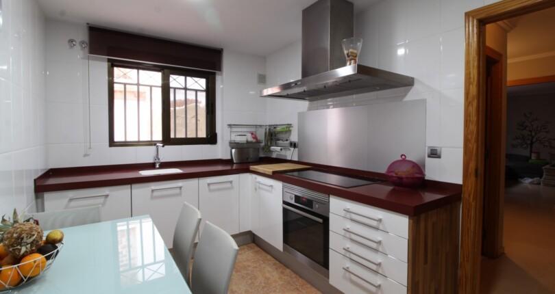 Hochwertige Stadthaus zu verkaufen, Valencia Els Orriols